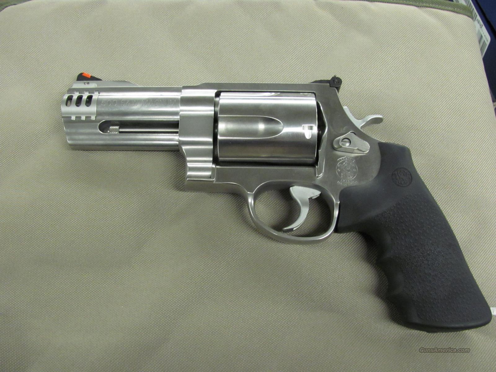 Smith & Wesson Model 500 4 inch  **NEW**  Guns > Pistols > Smith & Wesson Revolvers > Full Frame Revolver