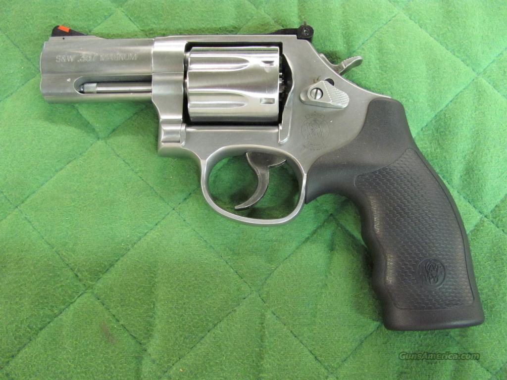 Smith & Wesson Model 686 Plus 3 inch 7 shot 357 Mag  **NEW**  Guns > Pistols > Smith & Wesson Revolvers > Full Frame Revolver