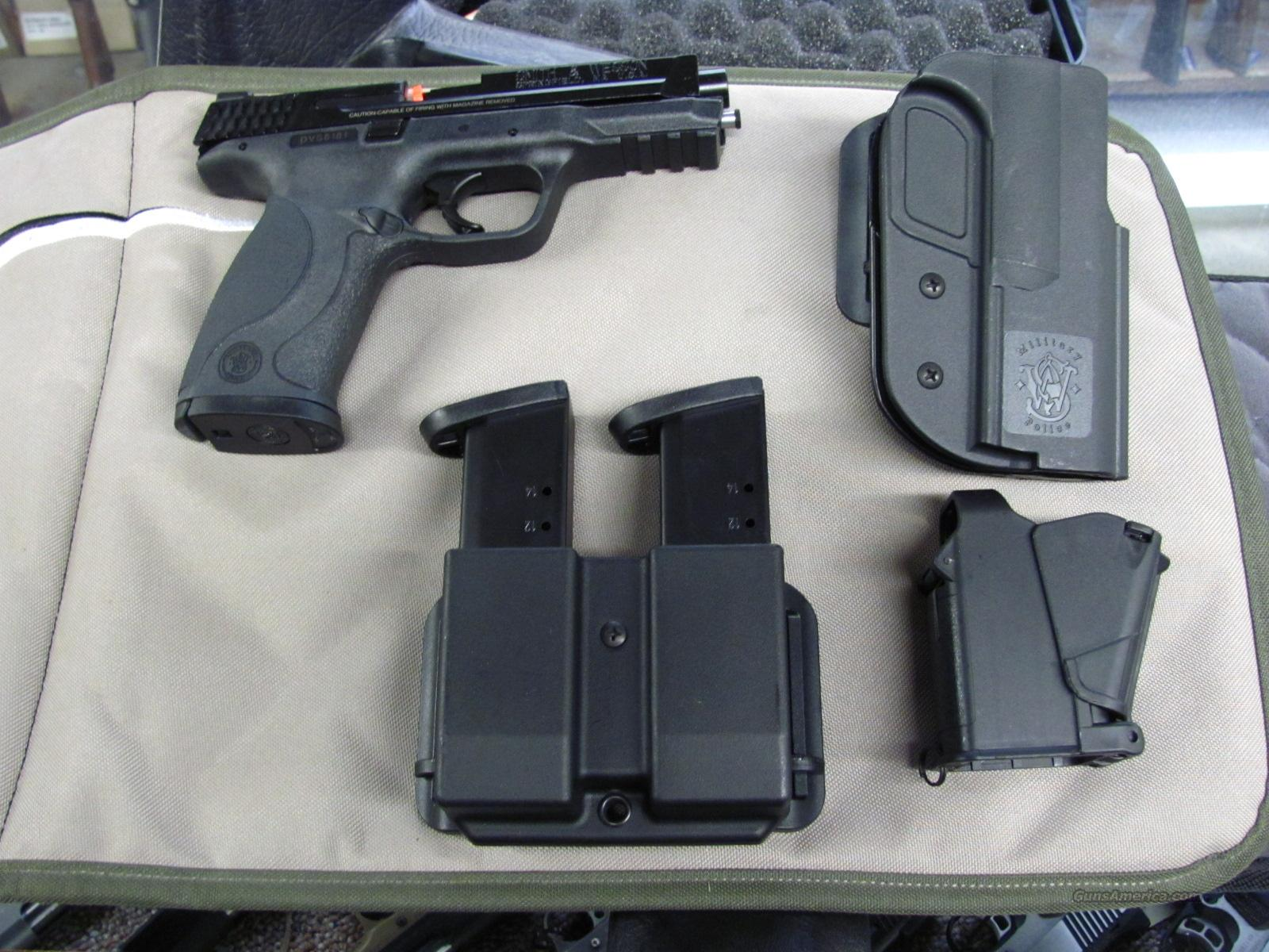 Smith & Wesson M&P 9 Carry and Range Kit  **NEW**  Guns > Pistols > Smith & Wesson Pistols - Autos > Polymer Frame