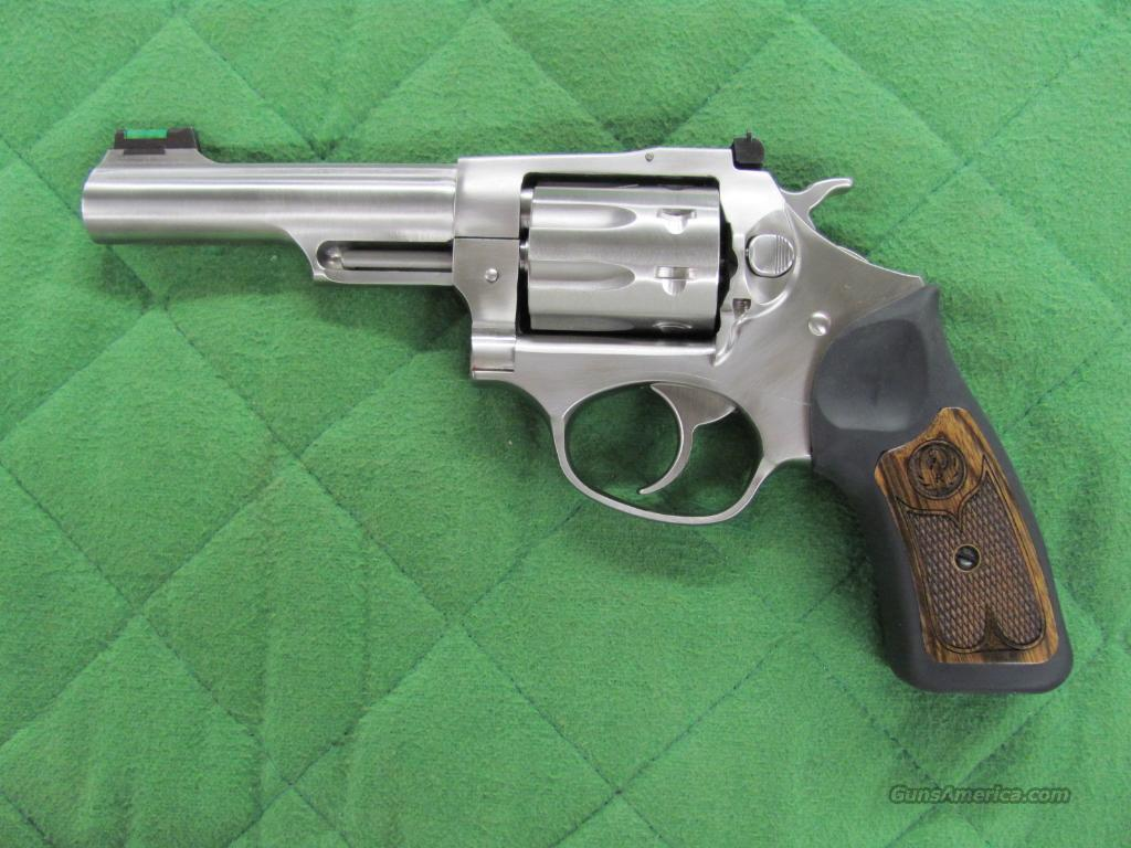 Ruger SP-101 22 LR 4.2 Inch #5765  **NEW**  Guns > Pistols > Ruger Double Action Revolver > SP101 Type