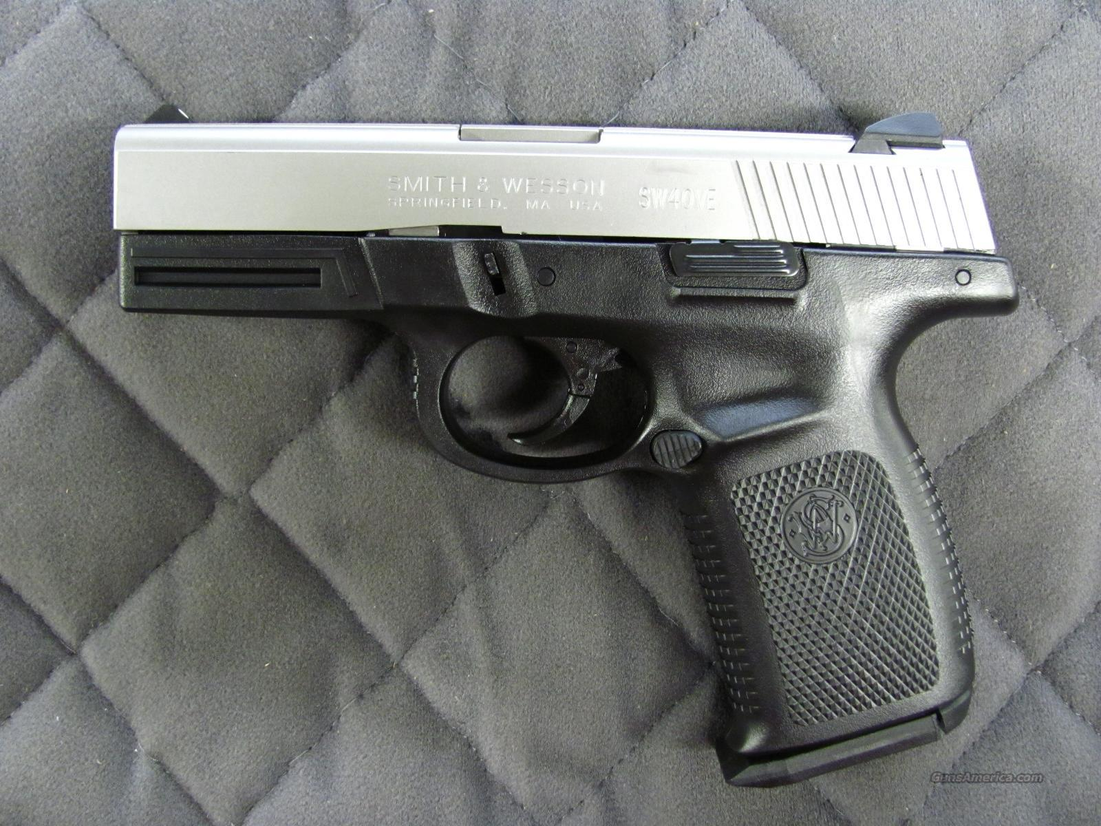 Smith & Wesson Sigma 9 mm 10 Round  **NEW**  Guns > Pistols > Smith & Wesson Pistols - Autos > Polymer Frame