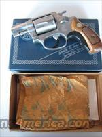 Smith & Wesson Model 60 .38 SPL. Chief's Special Stainless  Guns > Pistols > Smith & Wesson Revolvers > Full Frame Revolver