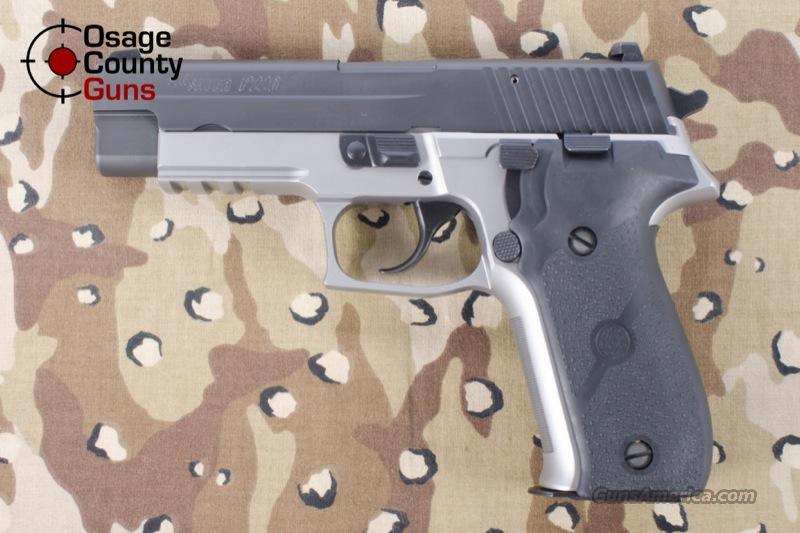 Sig Sauer P226 .40 S&W Reverse Two Tone Stainless E26R-40-RTSS  Guns > Pistols > Sig - Sauer/Sigarms Pistols > P226