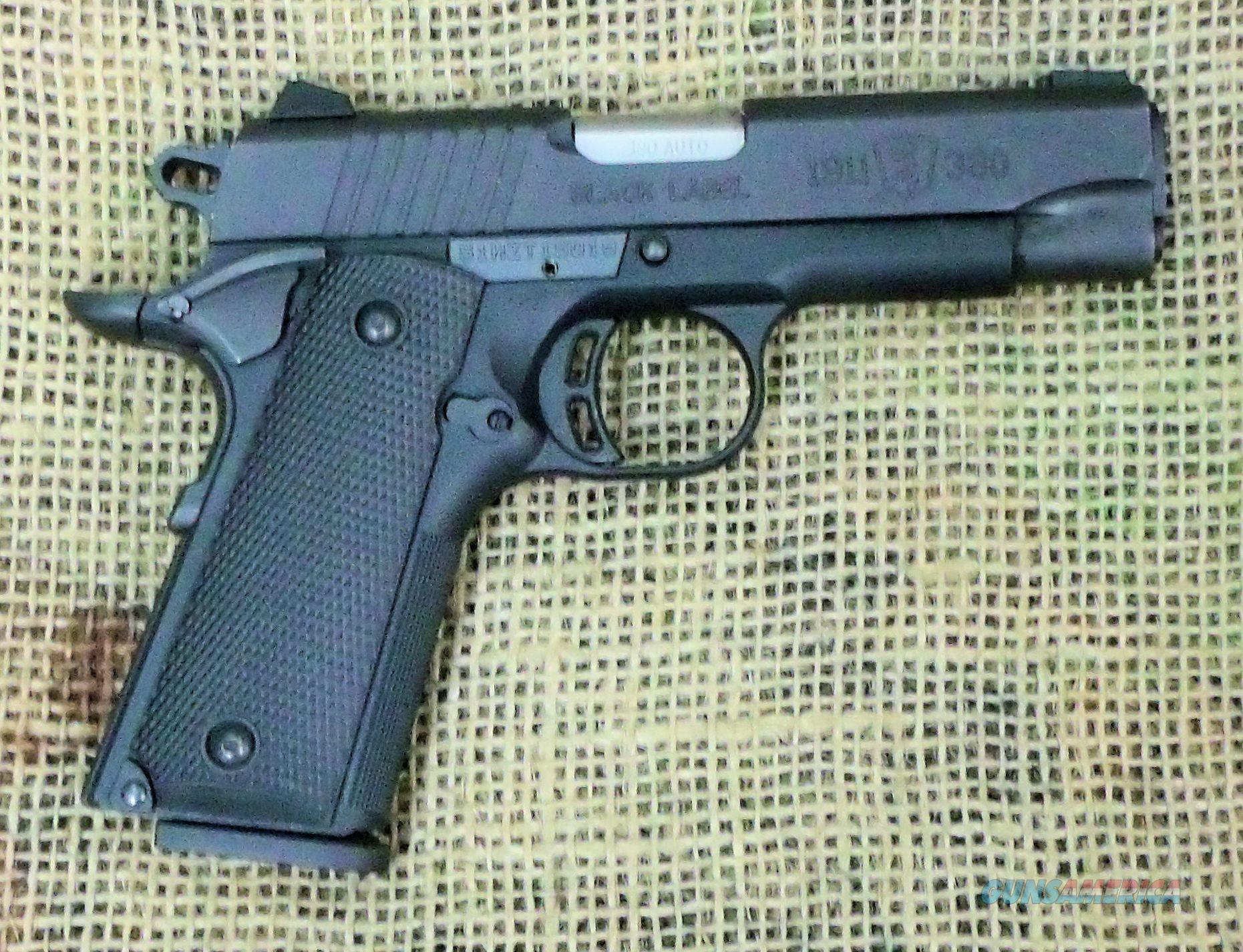 BROWNING 1911-380 Black Label Pistol, 380ACP Cal  Guns > Pistols > Browning Pistols > Other Autos