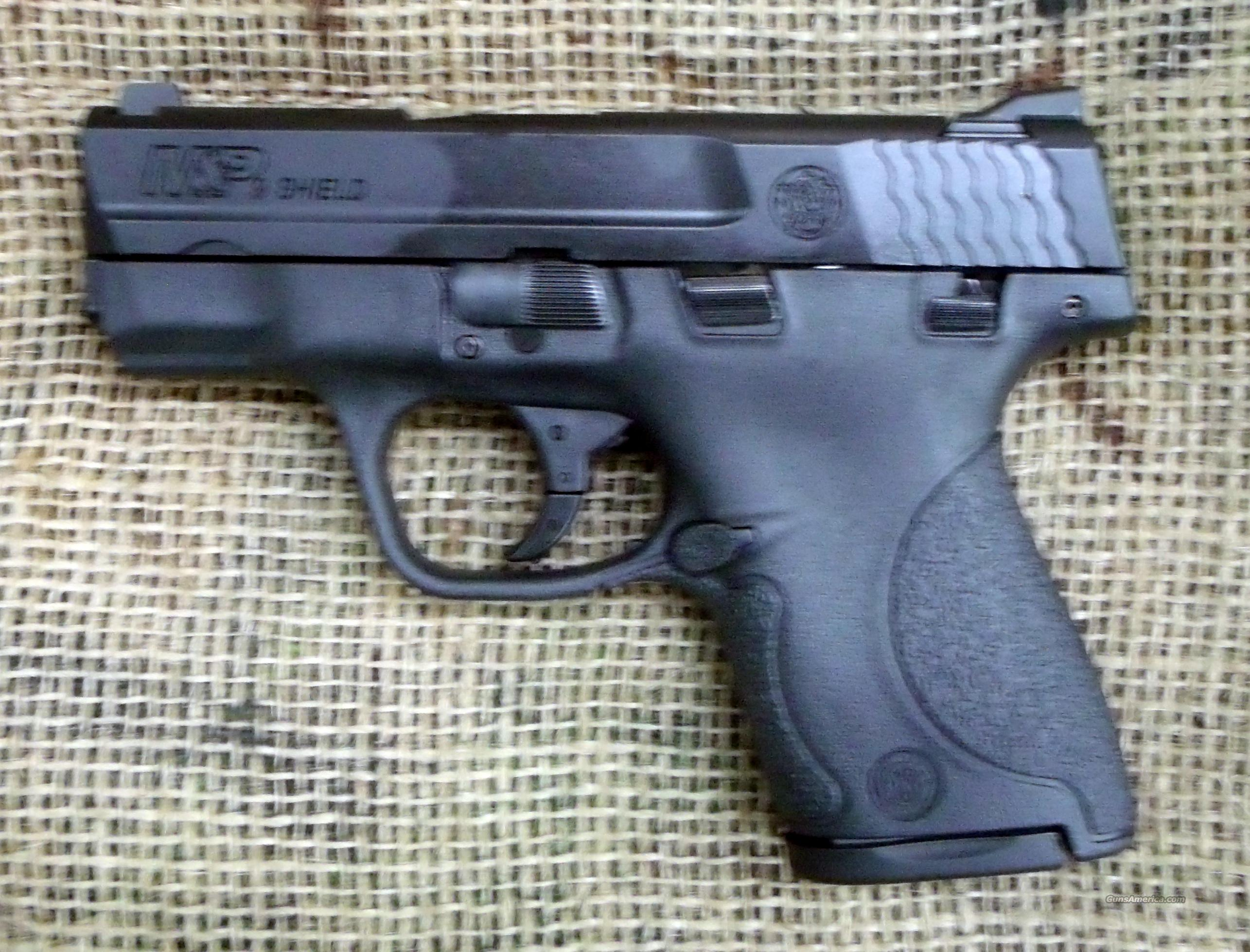 SMITH & WESSON M&P 9 Shield Pistol, 9mm Cal.  Guns > Pistols > Smith & Wesson Pistols - Autos > Polymer Frame