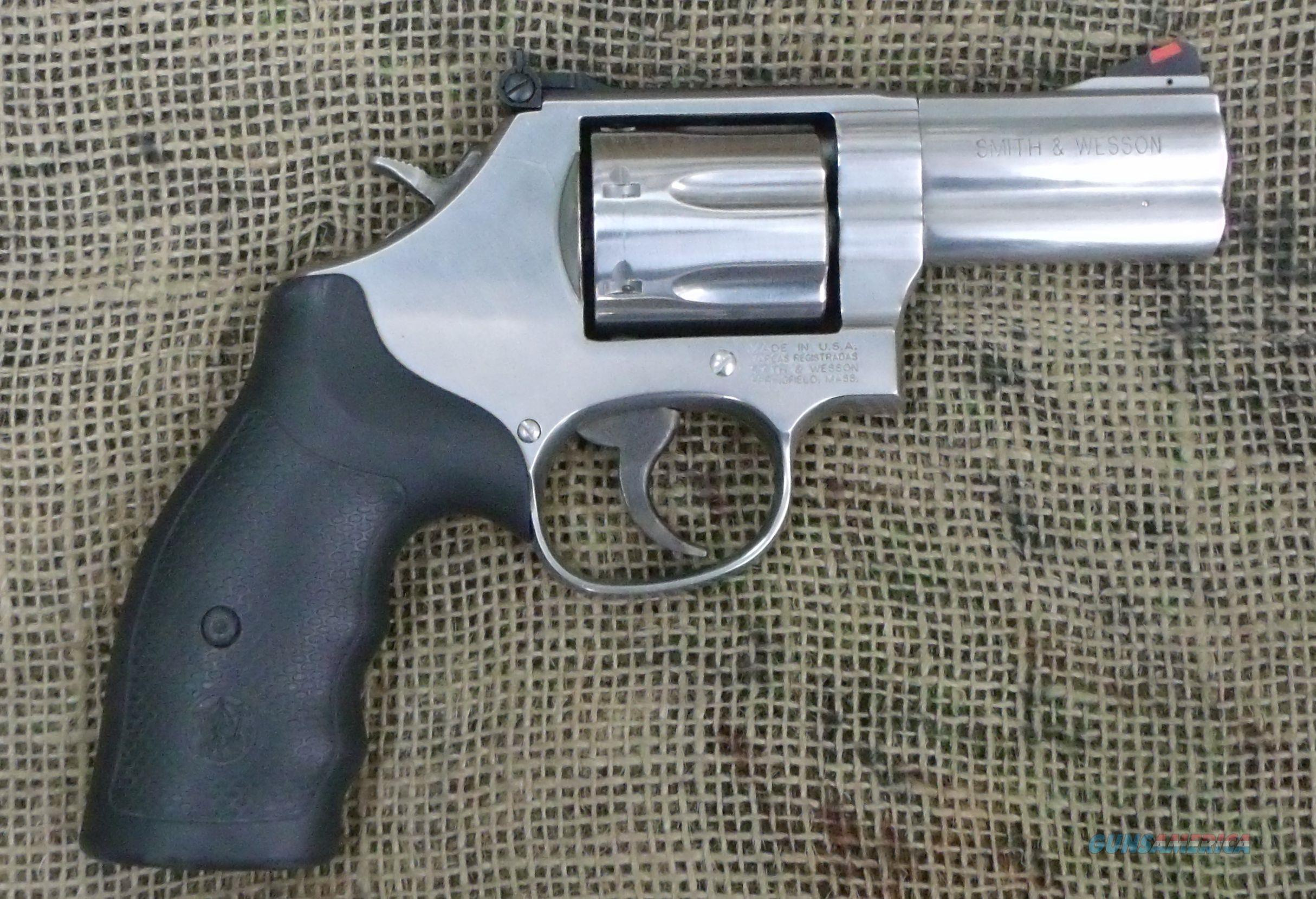 "SMITH&WESSON Model 686-8, 3"" Barrel, Stainless Steel  Guns > Pistols > Smith & Wesson Revolvers > Full Frame Revolver"