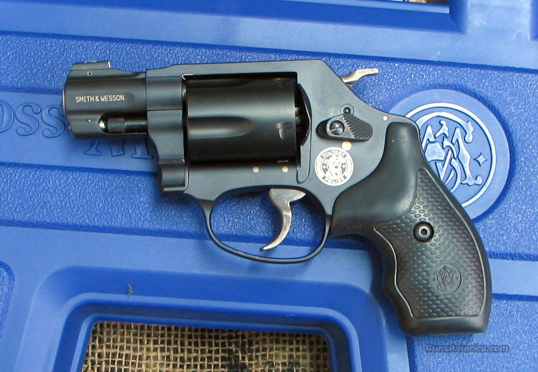 SMITH & WESSON Mod. 360,  357 Mag. Cal., Rev.  Guns > Pistols > Smith & Wesson Revolvers > Pocket Pistols