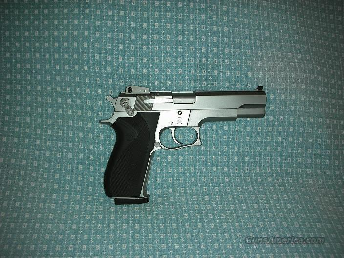 Smith and Wesson .45 Model 4506 Semi-Auto Pistol  Guns > Pistols > Smith & Wesson Pistols - Autos > Steel Frame