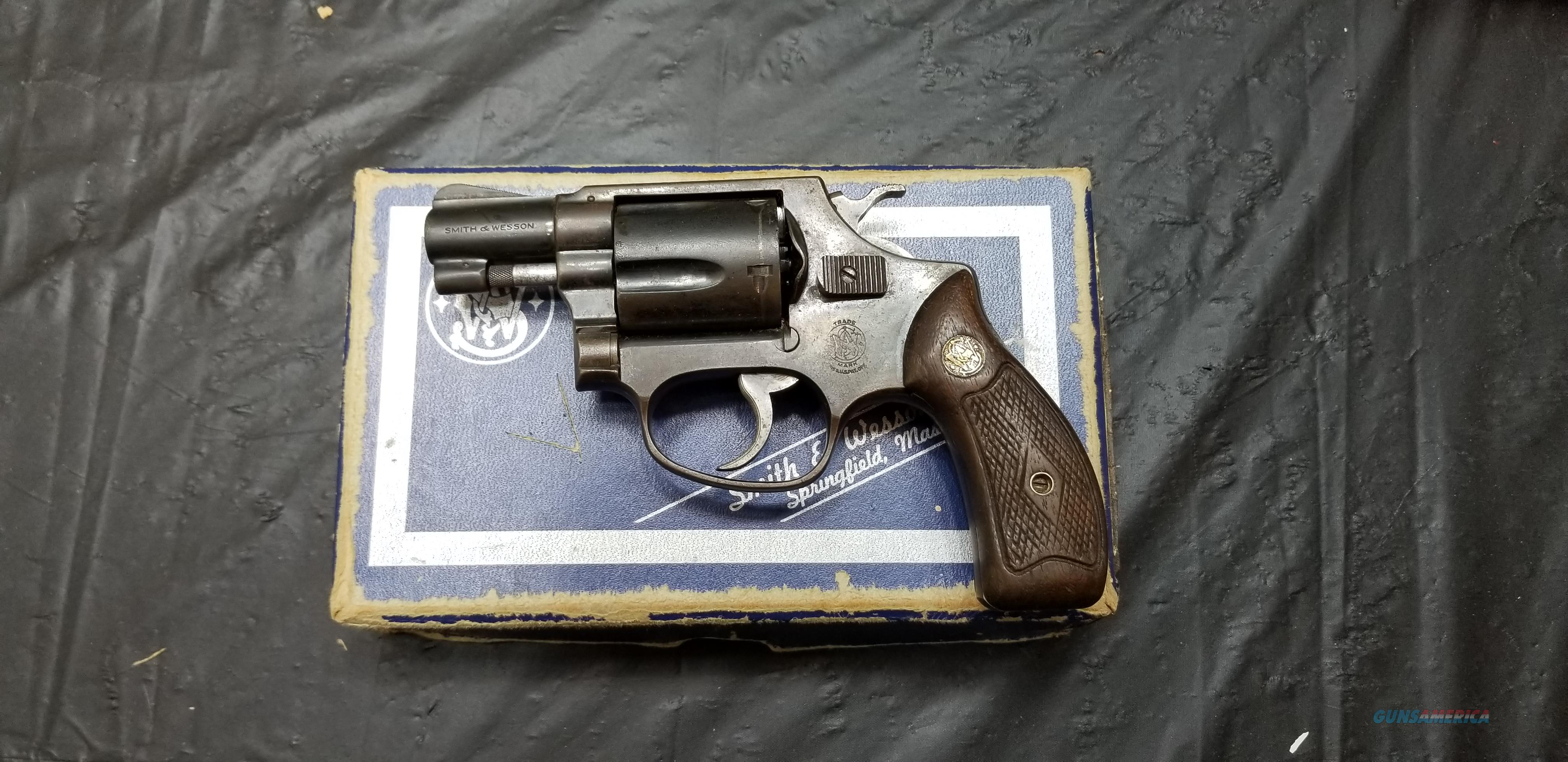 SMITH&WESSON  MODEL 36  Guns > Pistols > Smith & Wesson Revolvers > Small Frame ( J )