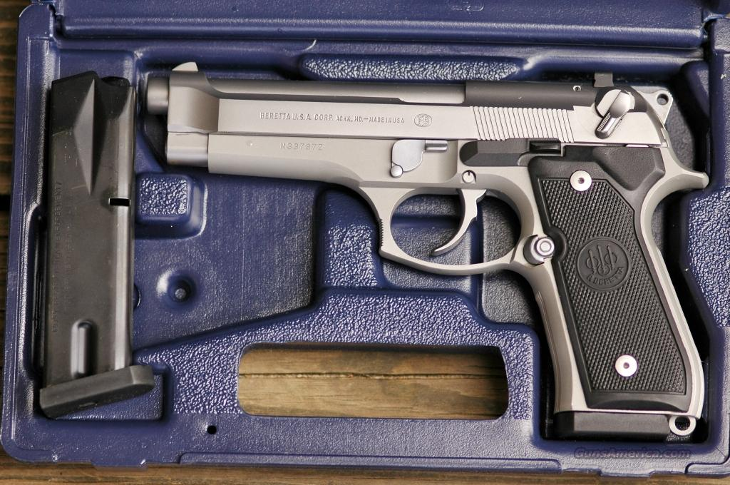 Beretta Model 95, 40 Caliber Semi-Auto  Guns > Pistols > Beretta Pistols > Model 96 Series