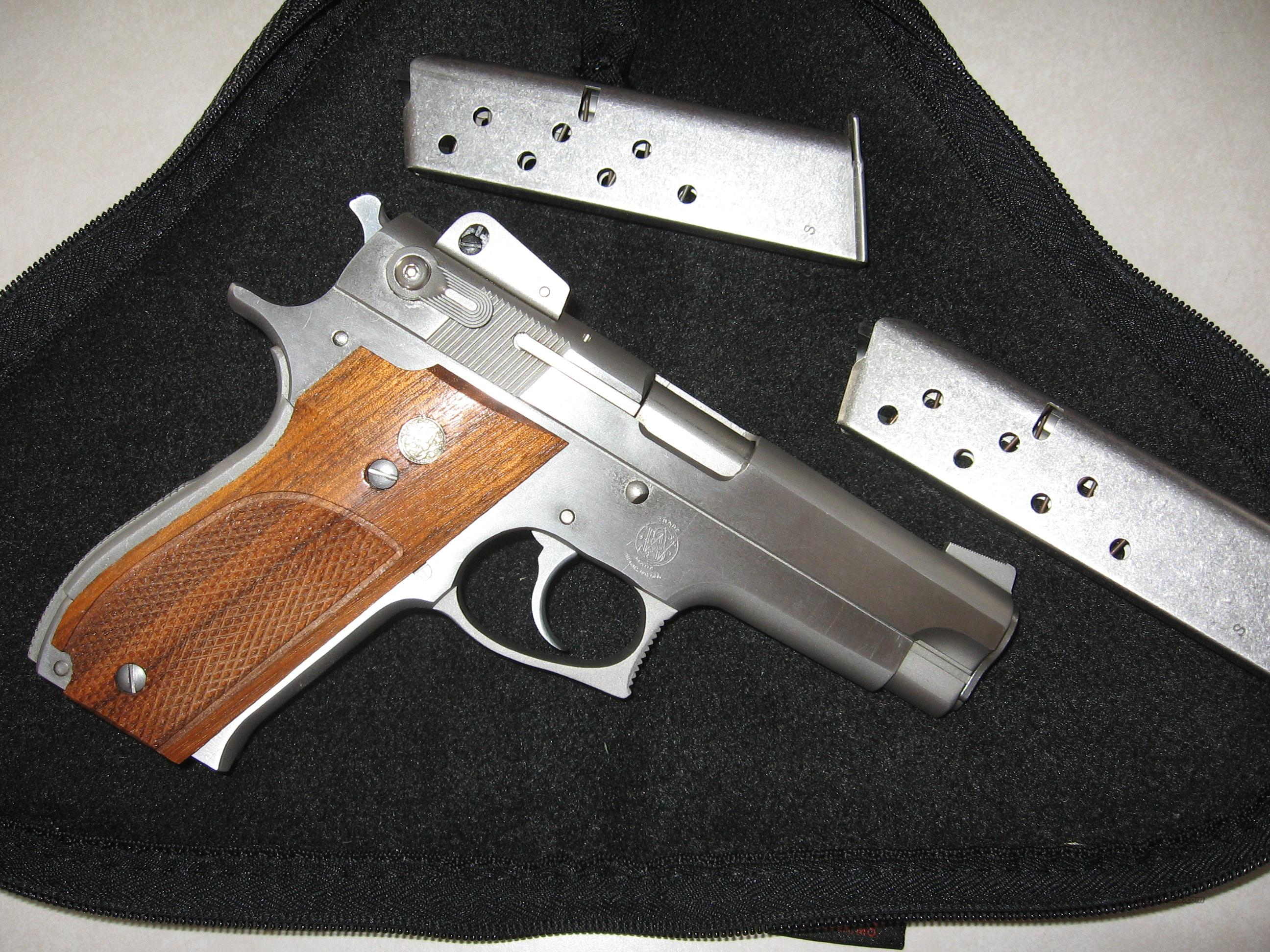 """ SMITH & WESSON MODEL 639 ""  Guns > Pistols > Smith & Wesson Pistols - Autos > Steel Frame"