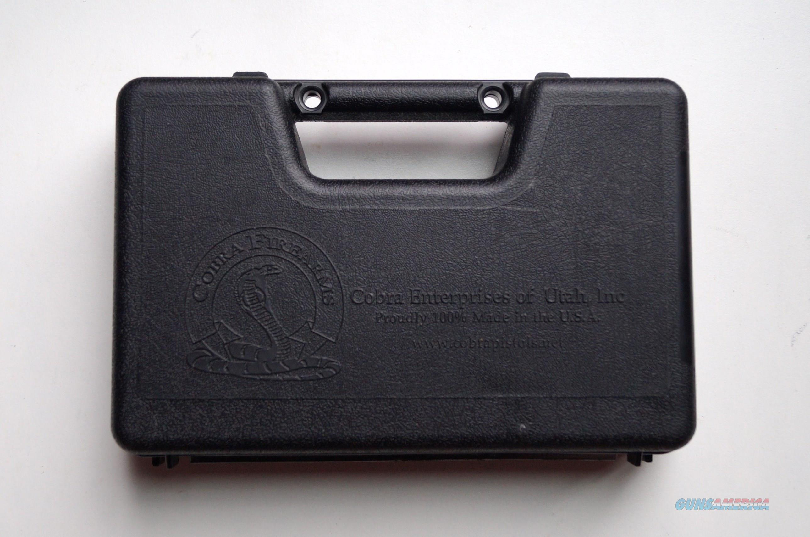 COBRA MODEL 22M (DERRINGER) WITH CASE AND ACCESSORIES - MINT CONDITON  Guns > Pistols > Cobra Derringers