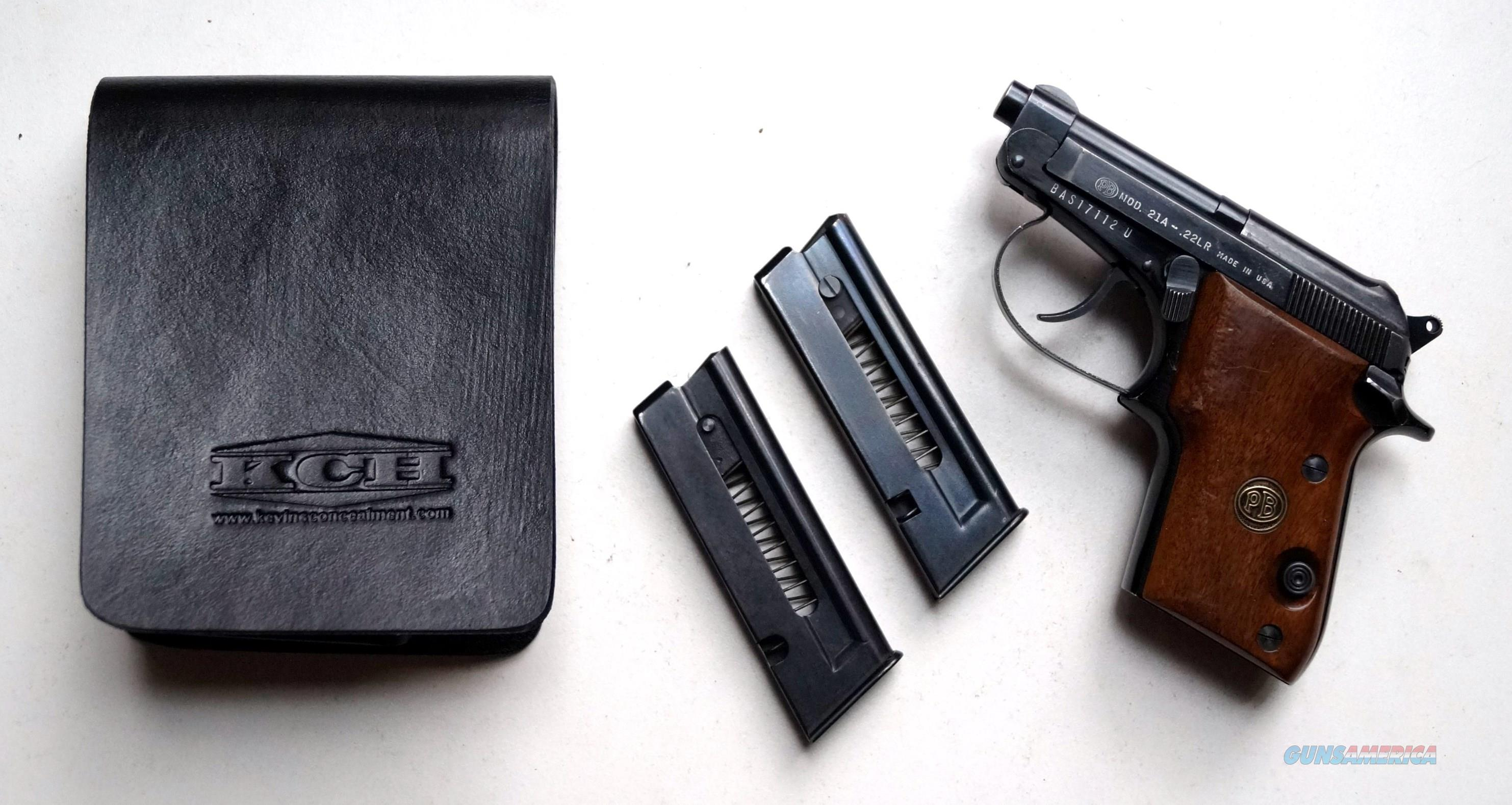 BERETTA MODEL 21A WITH A CONCEALED CARRY HOLSTER  Guns > Pistols > Beretta Pistols > Small Caliber Tip Out