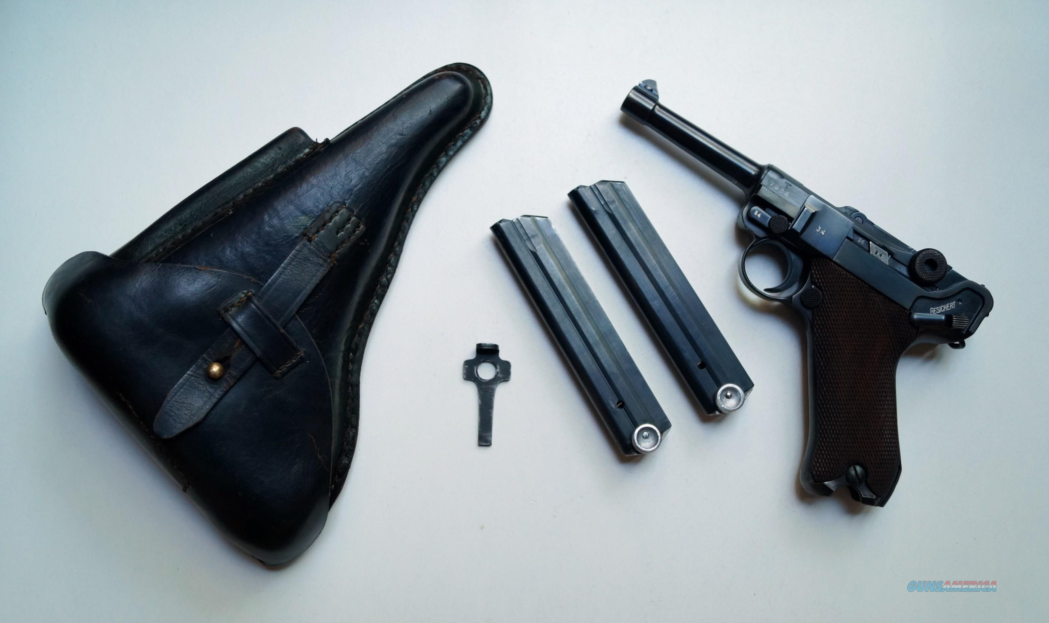 42 NAZI MAUSER BANNER POLICE GERMAN LUGER WITH 2 MATCHING NUMBERED MAGAZINES  Guns > Pistols > Luger Pistols