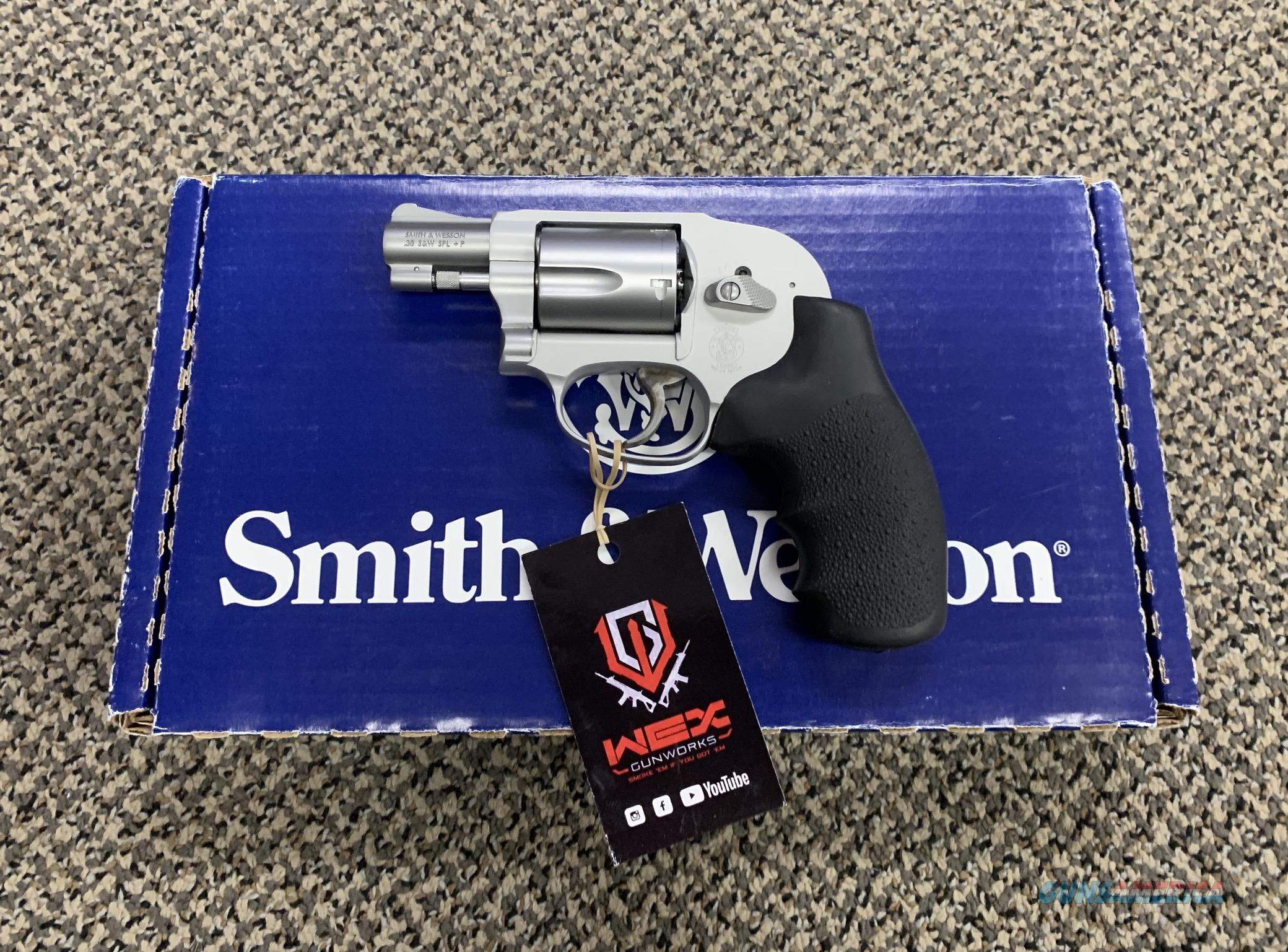 S&W MODEL 638-3 .38 SPECIAL 5 SHOT STAINLESS REVOLVER  Guns > Pistols > Smith & Wesson Revolvers > Small Frame ( J )