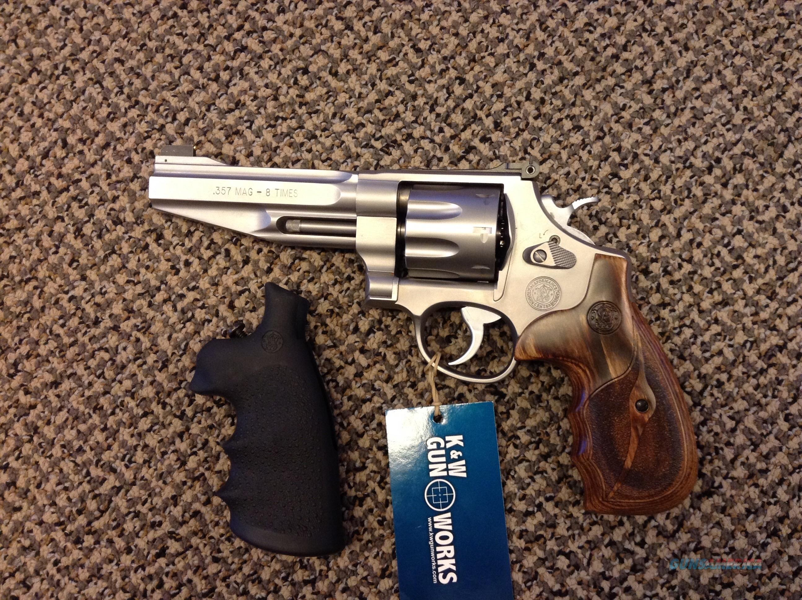 S&W MODEL 627 PERFORMANCE CENTER .357 MAGNUM 5 INCH BBL 8 SHOT NEW IN BOX  Guns > Pistols > Smith & Wesson Revolvers > Performance Center