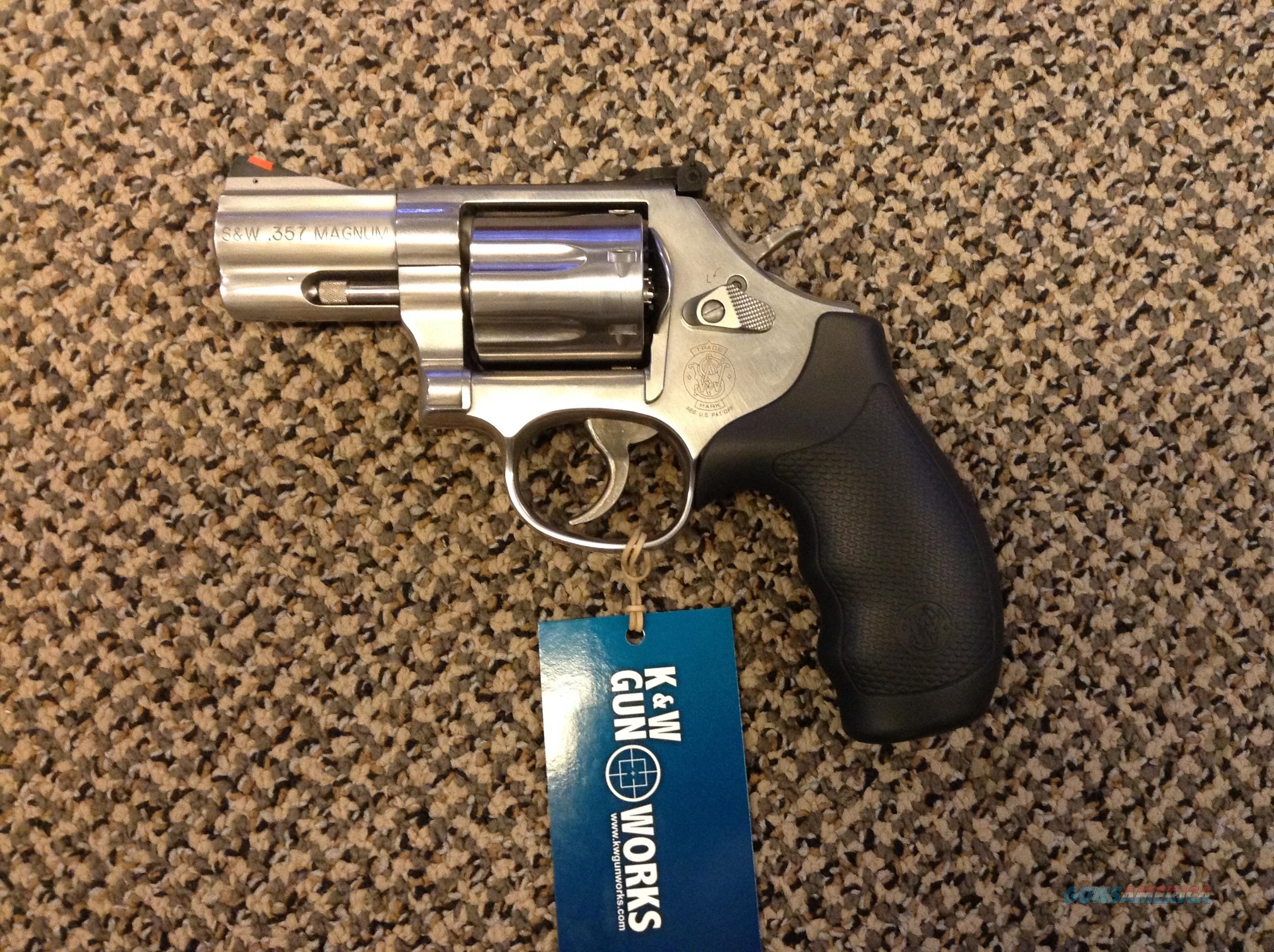 S&W MODEL 686 PLUS 7 SHOT .357 MAGNUM 2 3/4 BBL NEW IN THE BOX  Guns > Pistols > Smith & Wesson Revolvers > Full Frame Revolver