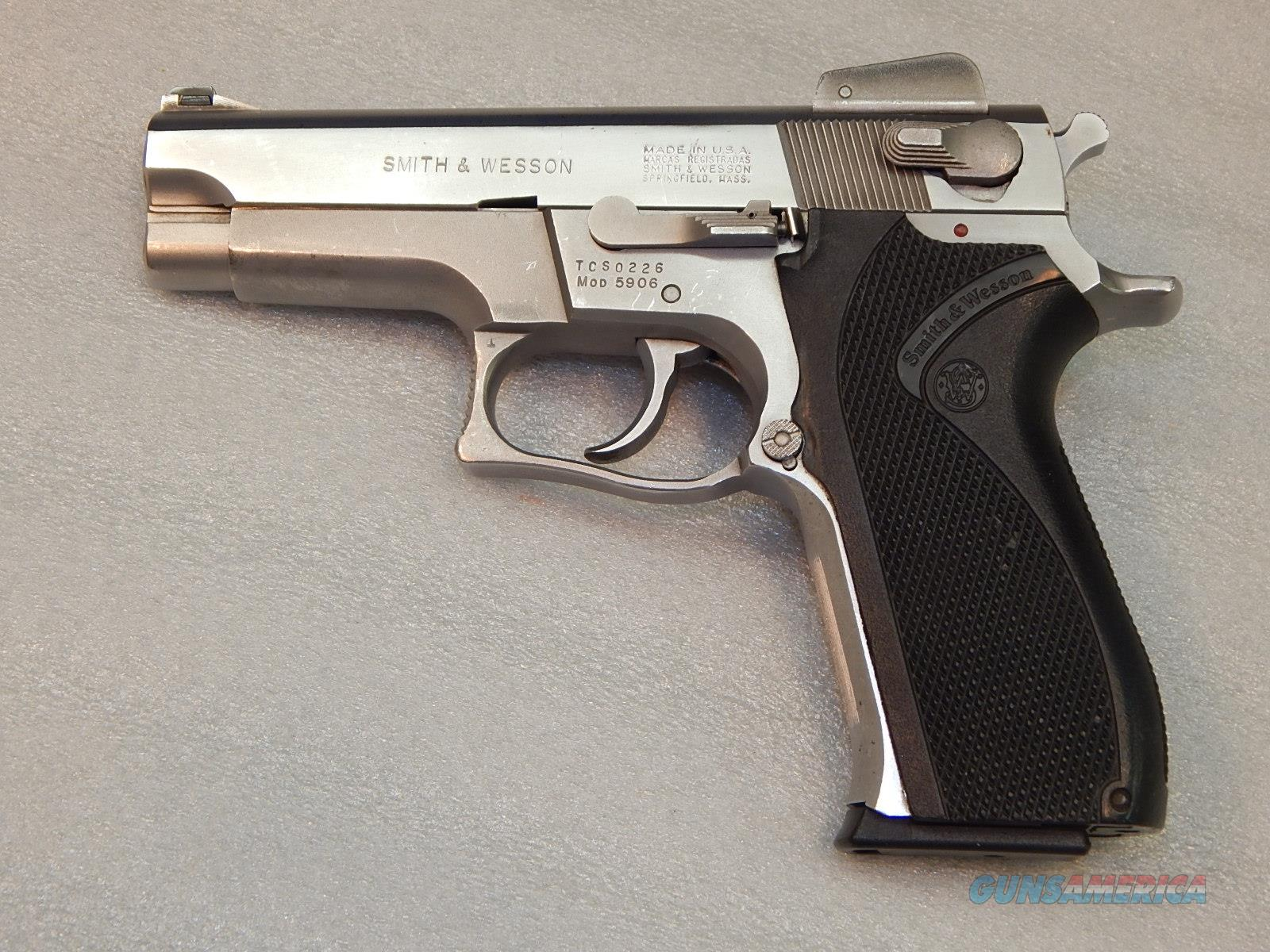 Smith & Wesson 5906 9mm 14+1  Guns > Pistols > Smith & Wesson Pistols - Autos > Steel Frame