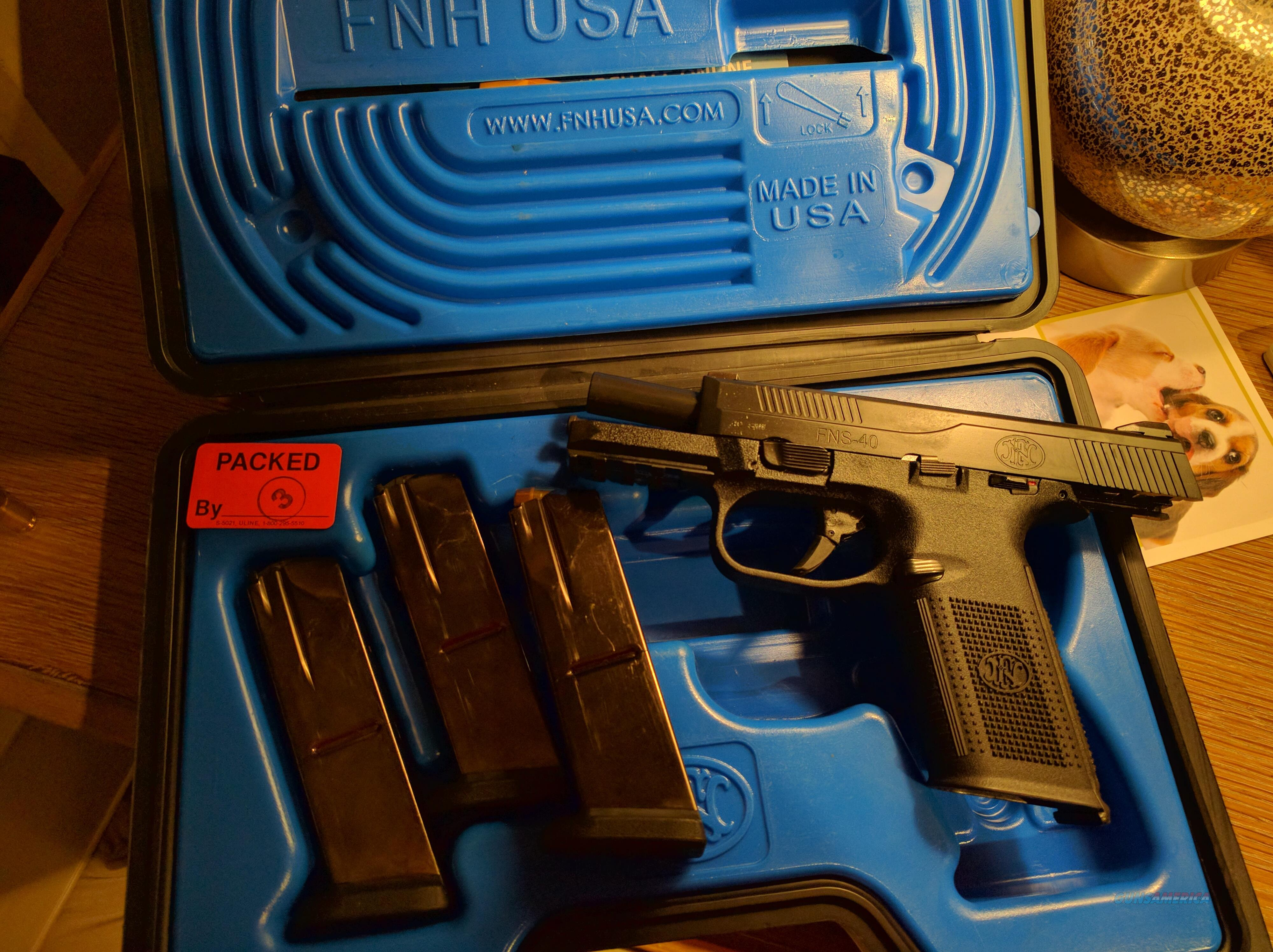 FNS 40 with 3 mags , 10 round  Guns > Pistols > FNH - Fabrique Nationale (FN) Pistols > FNS