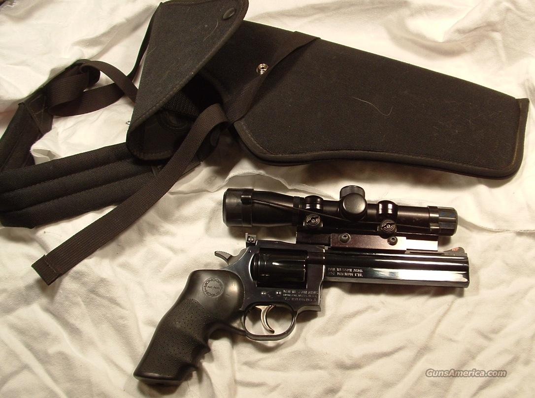 Dan Wesson, 357 Mag, 6 in bbl with scope and holster  Guns > Pistols > Dan Wesson Pistols/Revolvers > Revolvers