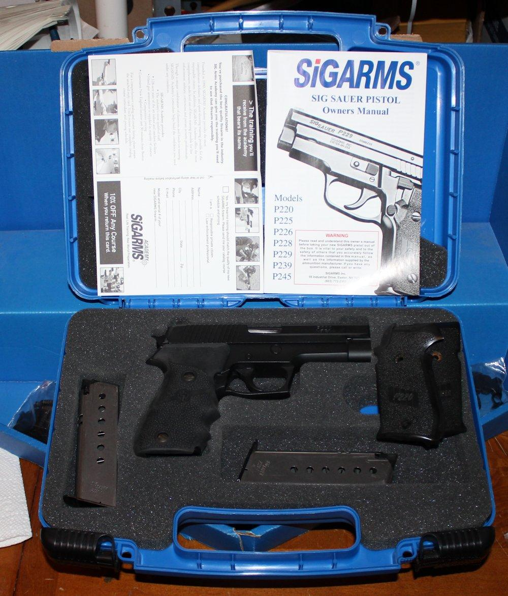 Sig Sauer P220 .45ACP 220-45 (Used) Duracoat Finish, Hogue Grips Good - VG Condition  Guns > Pistols > Sig - Sauer/Sigarms Pistols > P220