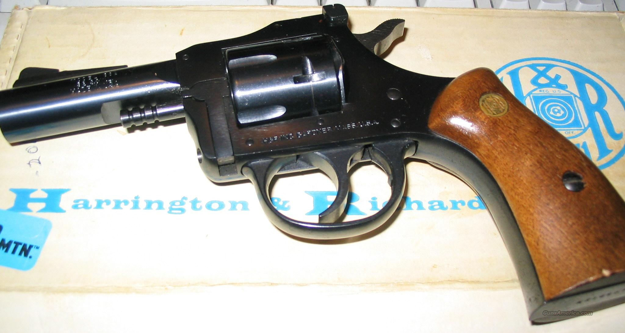 Harrington and Richardson 832 box 32 SW  Guns > Pistols > Harrington & Richardson Pistols