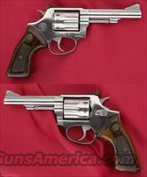 Taurus Model 94 SS 22 Revolver Plus Leather Holster  Guns > Pistols > Taurus Pistols/Revolvers > Revolvers