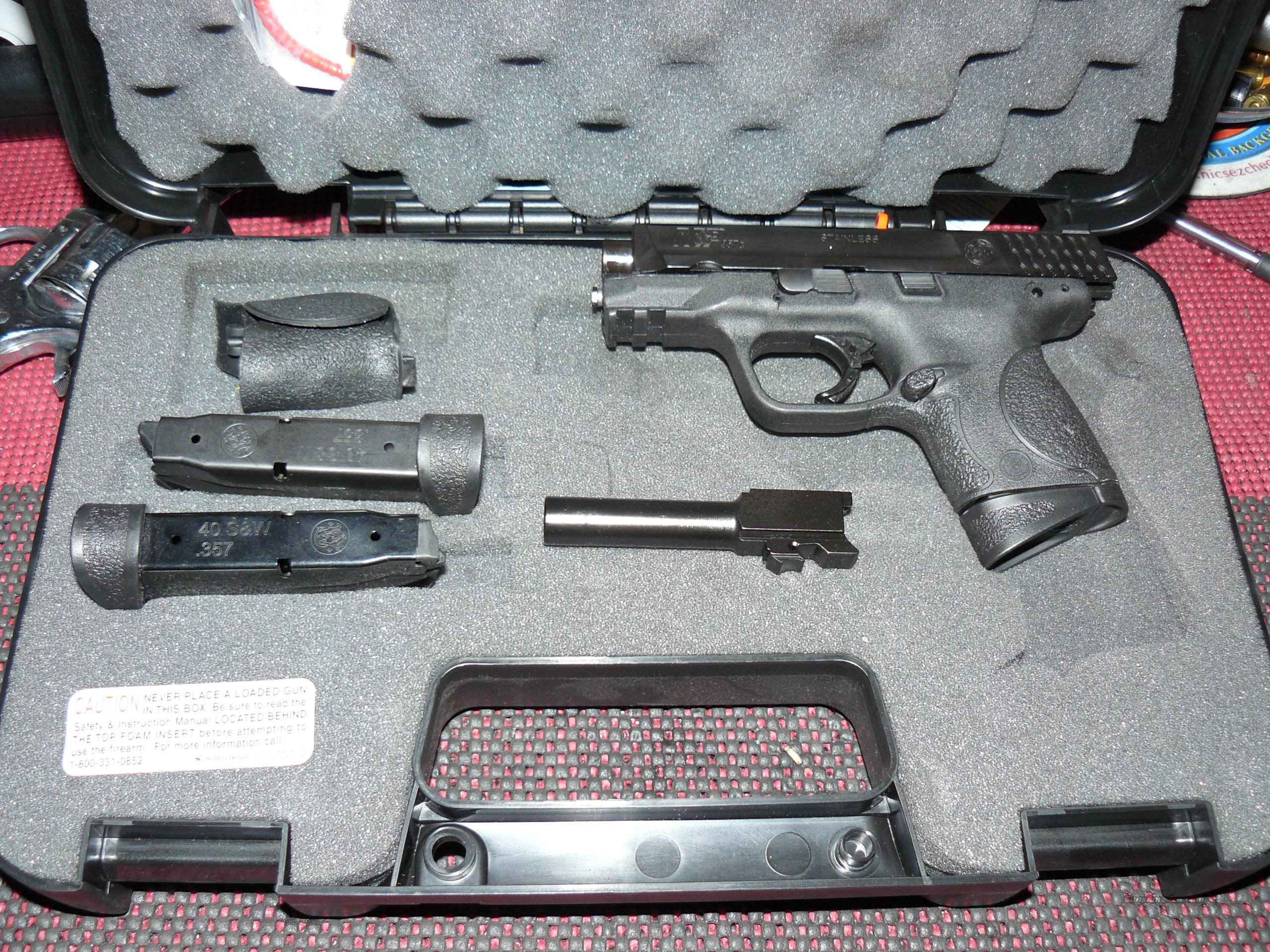 "Smith and Wesson M&P357C M&P40C 3.50"" Compact 357Sig/40S&W 2 Barrel Combo, Night Sights  Guns > Pistols > Smith & Wesson Pistols - Autos > Polymer Frame"