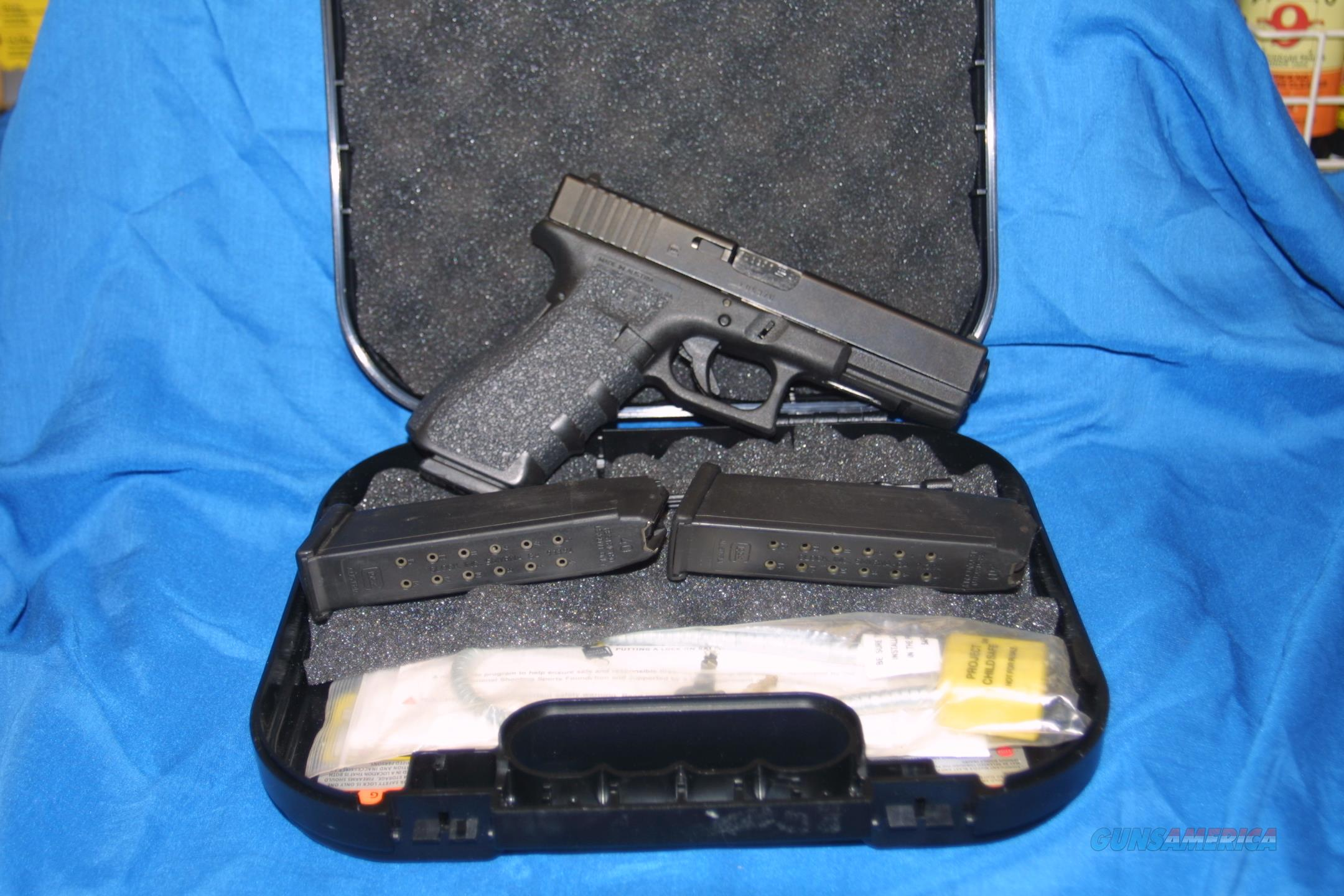 NICE PRE-OWNED GLOCK 22. GEN 3. 40 S&W. LAW ENFORECEMENT TURN  IN. GOOD + CONDITION !  Guns > Pistols > Glock Pistols > 22