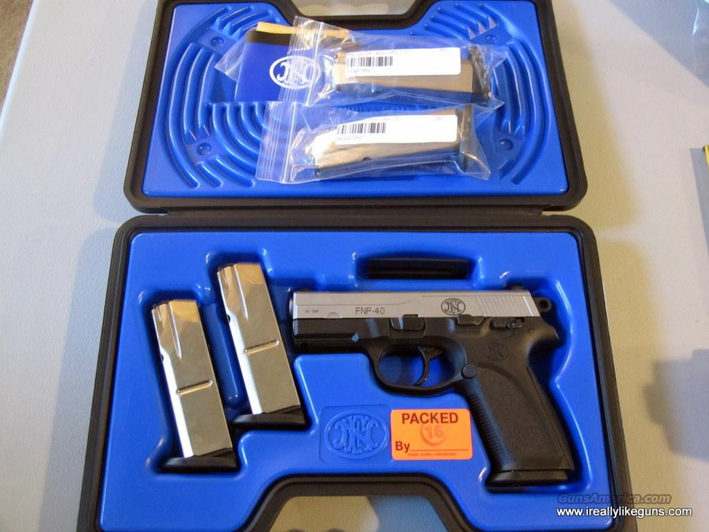 FNH FNP 40 with 5 Mags NIB  Guns > Pistols > FNH - Fabrique Nationale (FN) Pistols > FNP