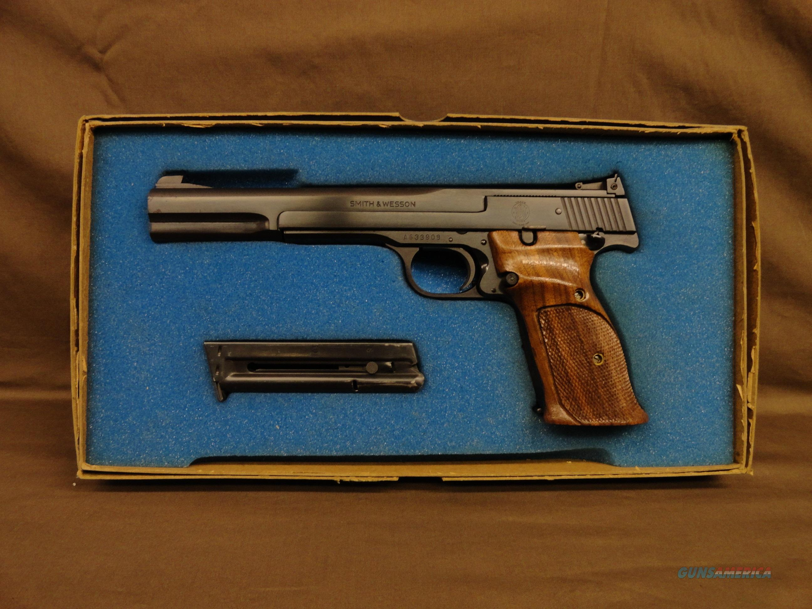 Smith & Wesson Model 41 .22lr Late 70s' 3rd Edition - Rare estate find!  Guns > Pistols > Smith & Wesson Pistols - Autos > .22 Autos