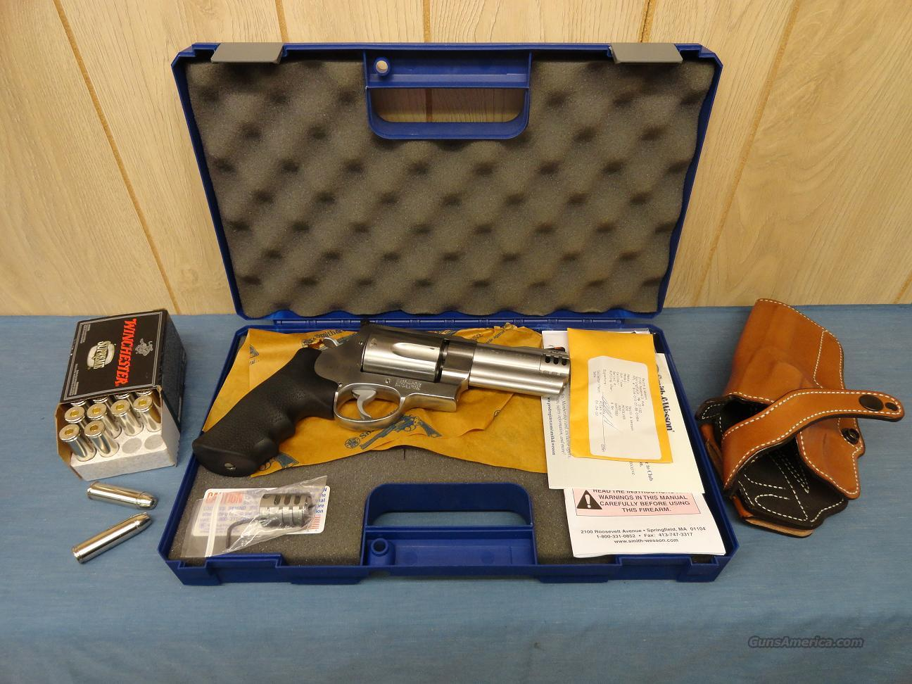 "Smith & Wesson Model 500 4"" w/ extras  Guns > Pistols > Smith & Wesson Revolvers > Full Frame Revolver"