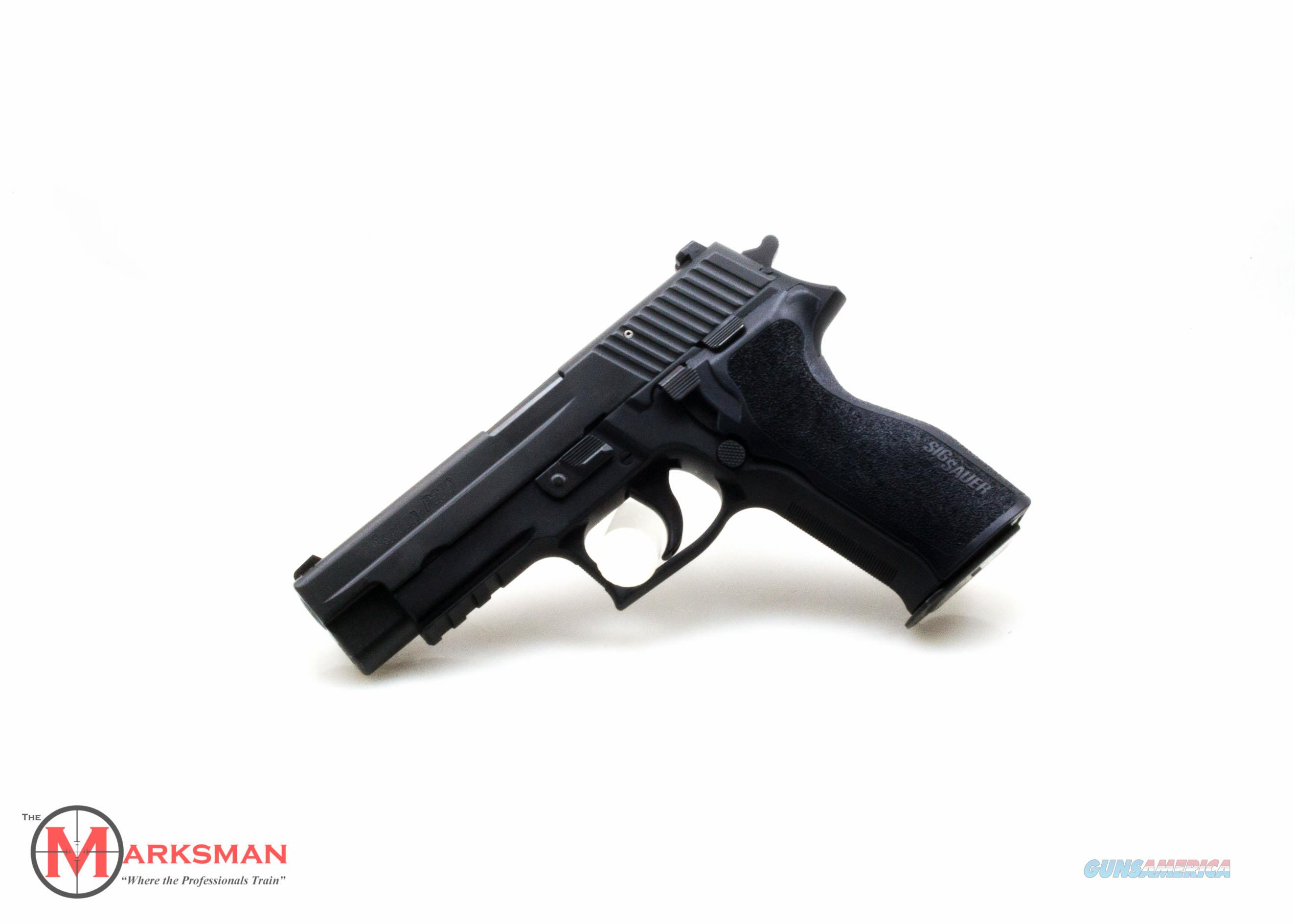 Sig Sauer P226, .40 S&W NEW Night Sights, Free Shipping and 4 Magazines  Guns > Pistols > Sig - Sauer/Sigarms Pistols > P226