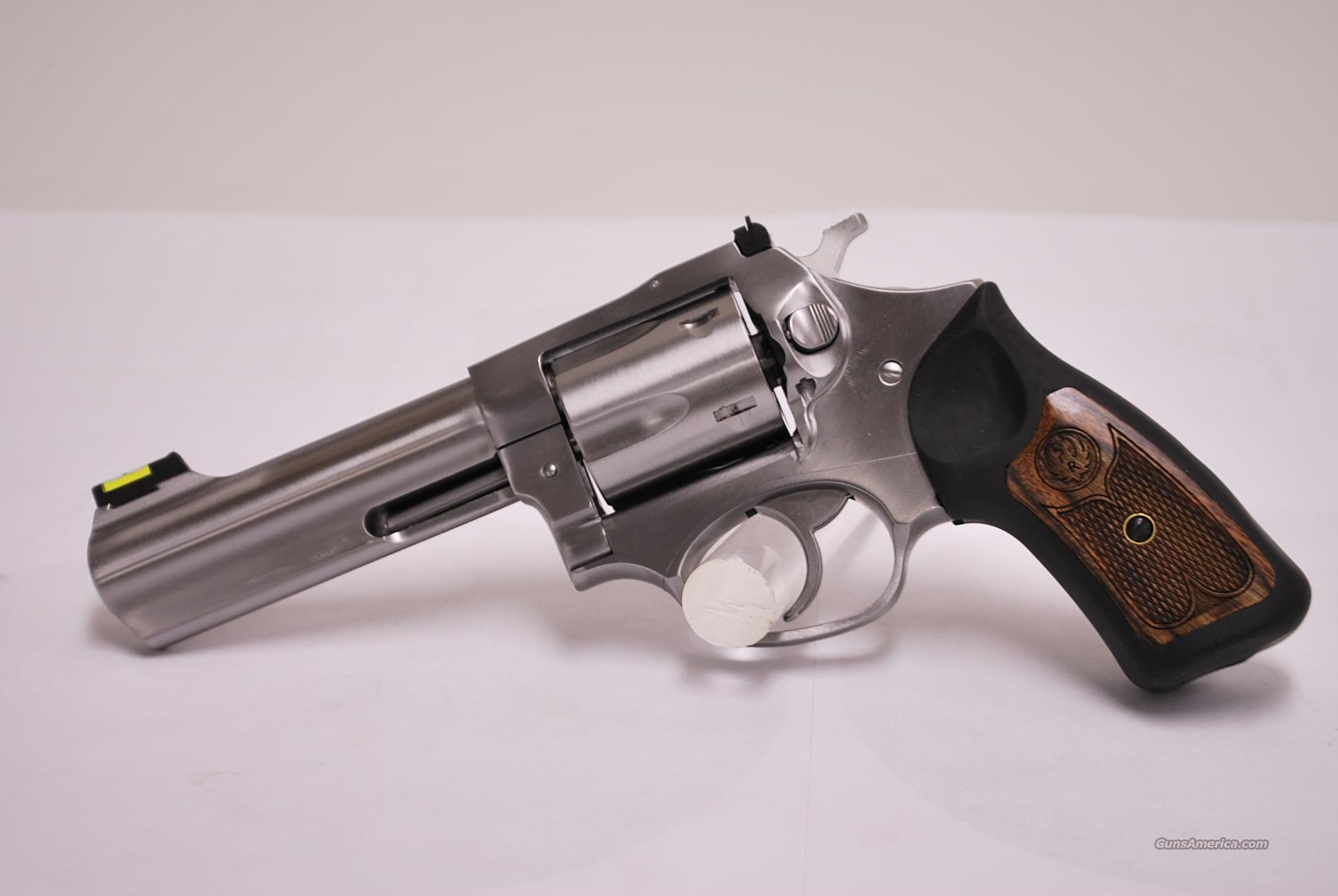 Ruger SP101 .357 Mag, 4 inch barrel  Guns > Pistols > Ruger Double Action Revolver > SP101 Type