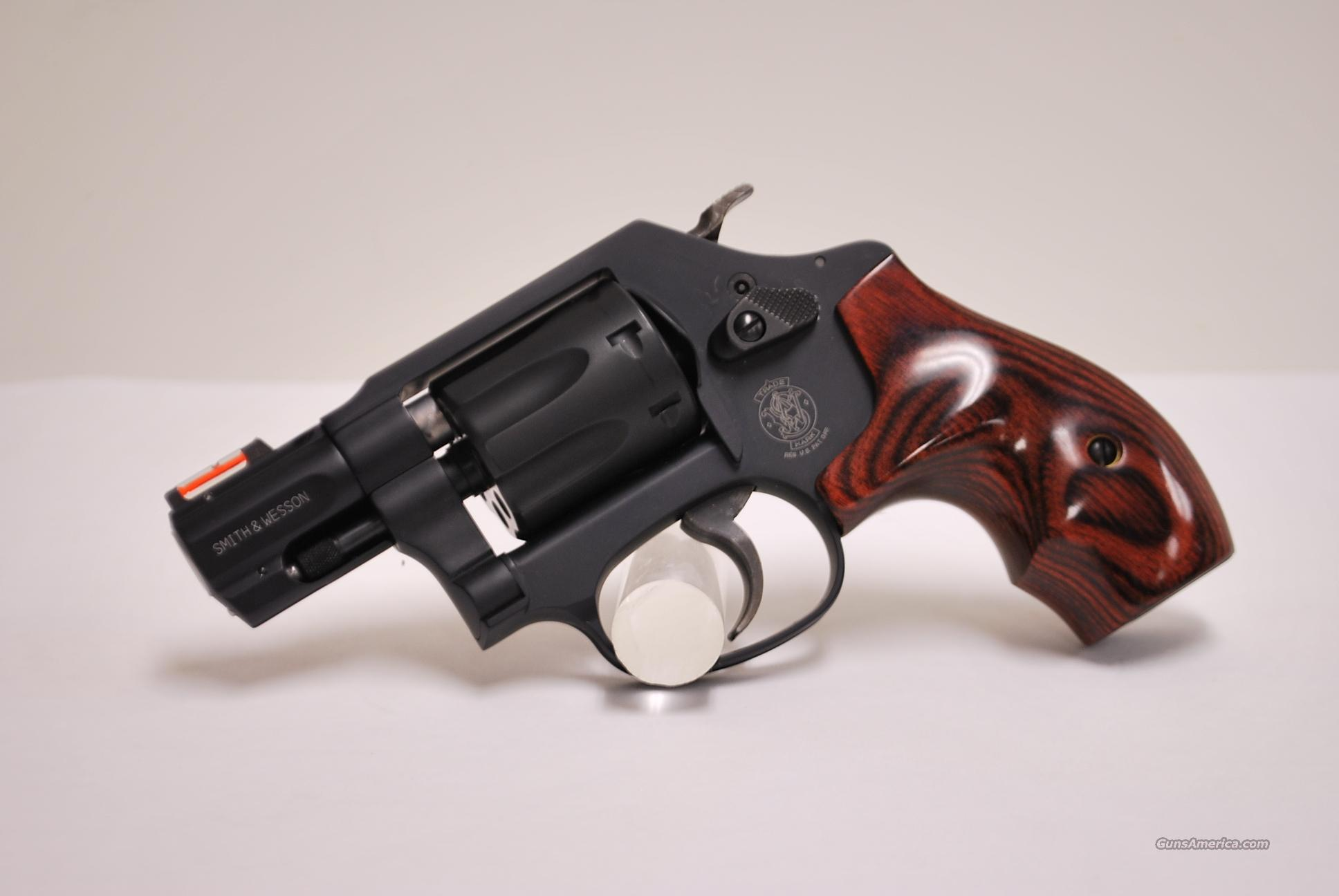 Smith & Wesson 351PD Airlite, .22 Magnum  Guns > Pistols > Smith & Wesson Revolvers > Full Frame Revolver