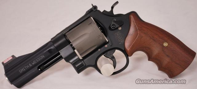 Smith and Wesson 329PD Airlite, .44 Magnum 329 PD  Guns > Pistols > Smith & Wesson Revolvers > Full Frame Revolver