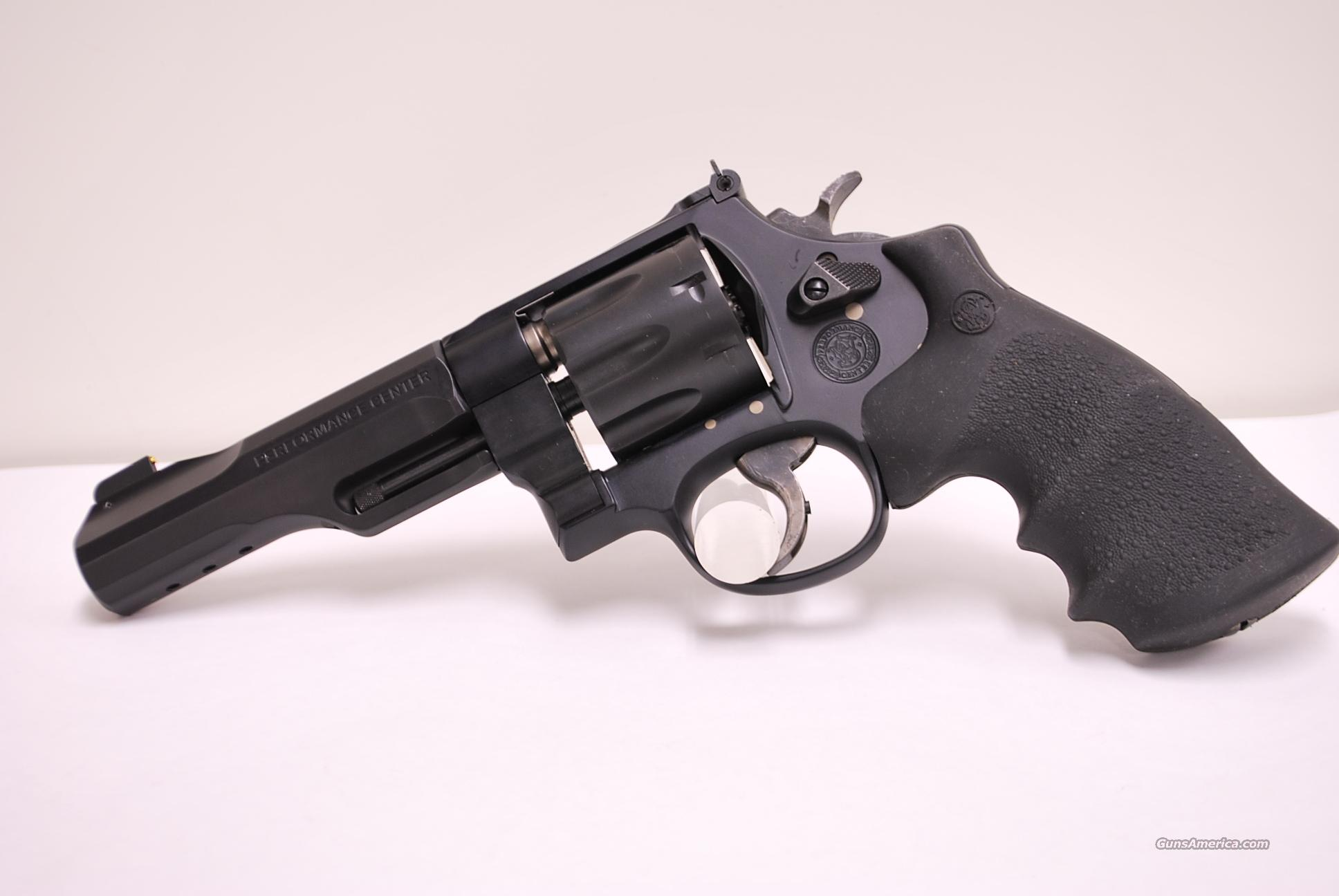 Smith & Wesson Performance Center 327, .357 Mag  Guns > Pistols > Smith & Wesson Revolvers > Full Frame Revolver