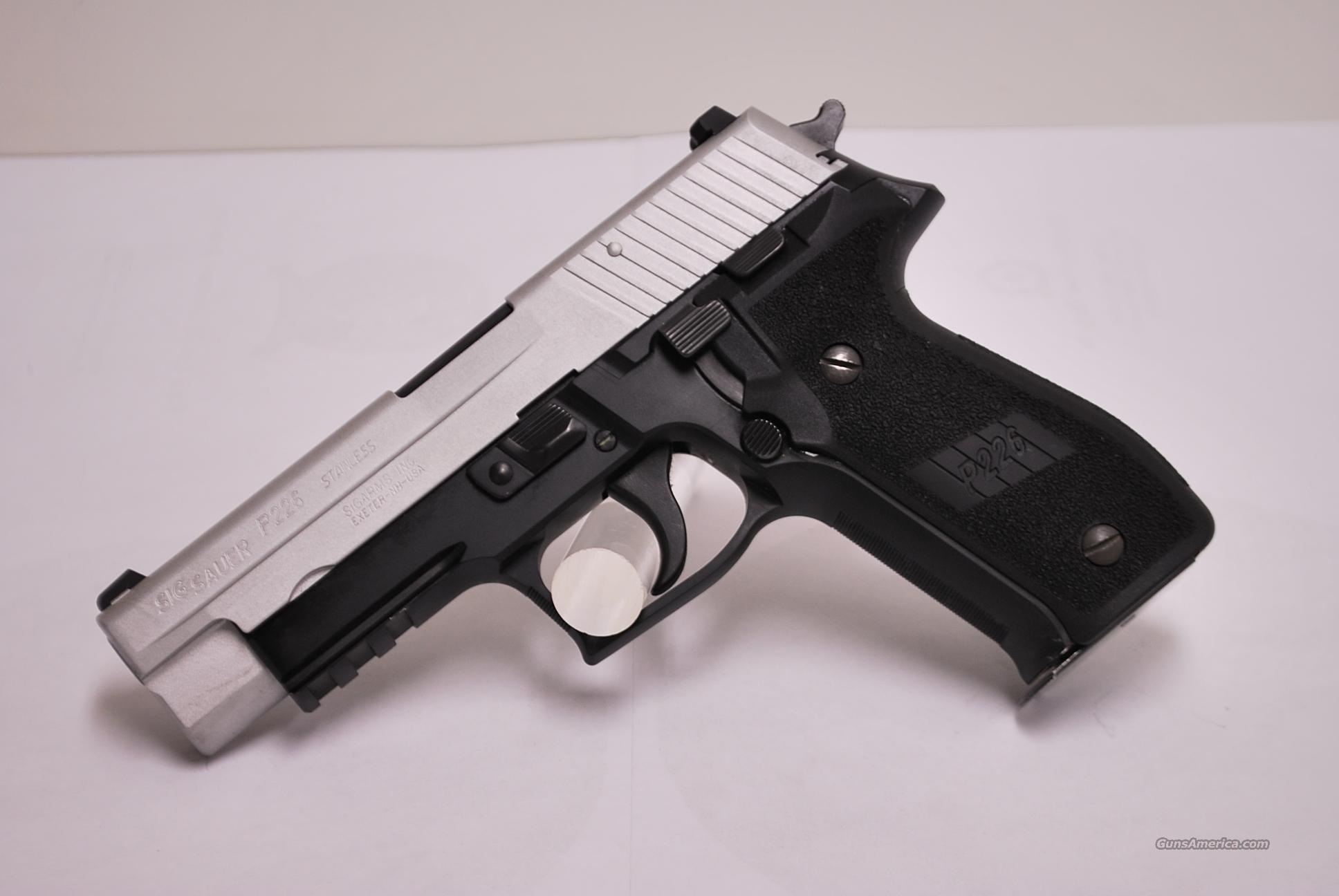 Sig Sauer P226, 9mm Para, Stainless Slide  Guns > Pistols > Sig - Sauer/Sigarms Pistols > P226