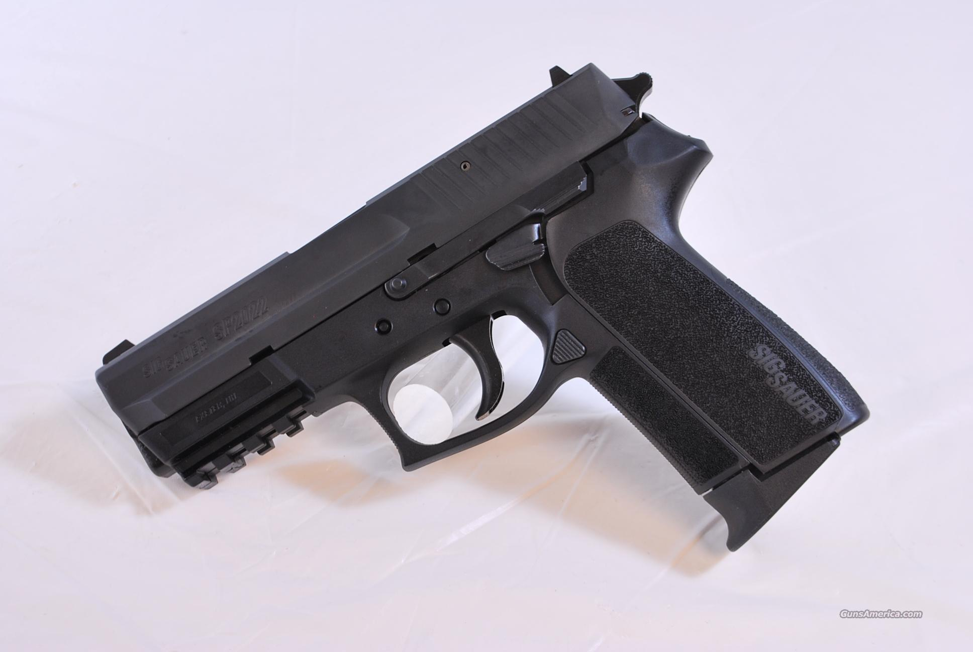 Sig Sauer SP2022 40 S&W NEW  Guns > Pistols > Sig - Sauer/Sigarms Pistols > 2022