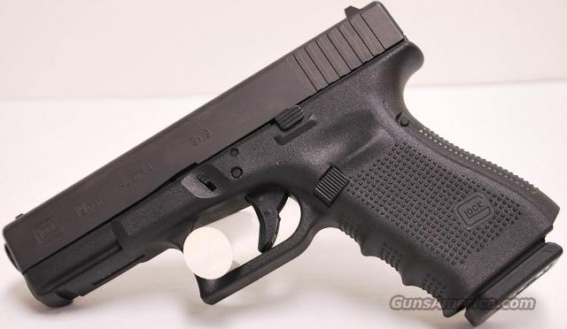 Glock 19, 9mm USED in box  Guns > Pistols > Glock Pistols > 19