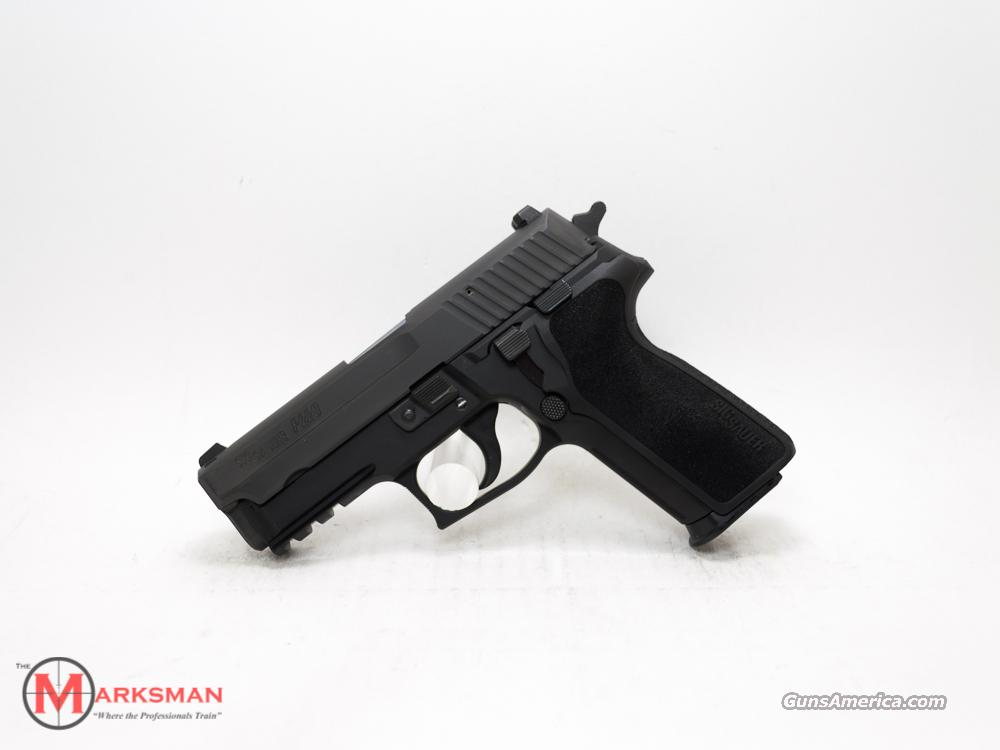 Sig Sauer 229 40 S&W NEW Night Sights  Guns > Pistols > Sig - Sauer/Sigarms Pistols > P229