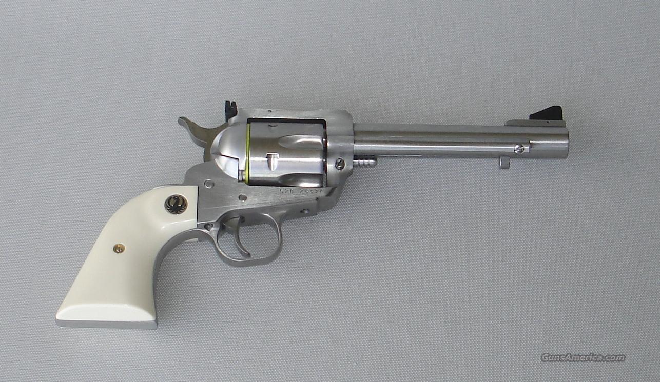 Ruger Blackhawk Flattop Stainless Steel 45 ACP/LC with Sim Ivory Grips and 5.5 in Barrel                                                             Guns > Pistols > Ruger Single Action Revolvers > Blackhawk Type