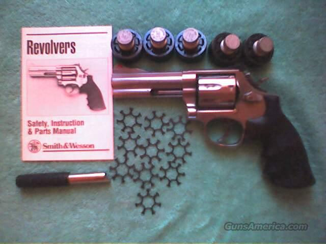 * Smith & Wesson 686+ .357 4 inch seven shooter  Guns > Pistols > Smith & Wesson Revolvers > Full Frame Revolver
