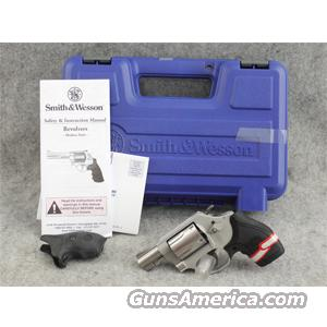 Smith & Wesson 637-2 Chiefs Special Airweight Stainless .38 Special +P - EXCELLENT WITH BOX!  Guns