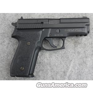 SIG-Sauer P229 9mm Luger with Rail - VERY GOOD  Guns