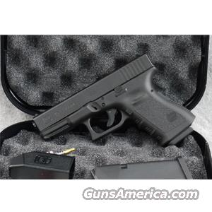 Glock 19 9mm Luger - LIKE-NEW IN BOX!  Guns