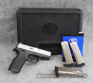 FN-USA FNP-40 2-tone .40 S&W - VERY GOOD with Box  Guns