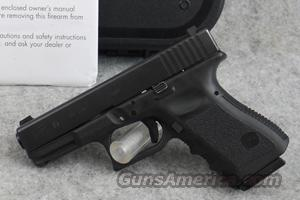 Glock 19 9mm Pistol with Night Sights - LIKE NEW IN BOX  Guns