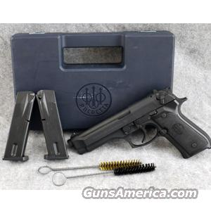 Beretta 92FS, 9mm Pistol - USED IN VERY GOOD CONDITION IN BOX!  Guns