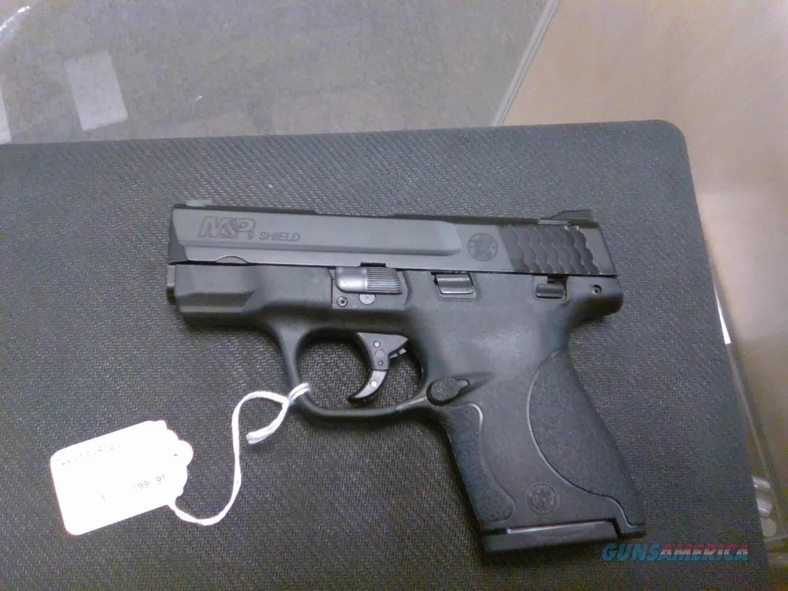 S&W M&P Shield 9mm w/ safety NO CC FEES  Guns > Pistols > Smith & Wesson Pistols - Autos > Shield